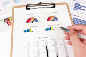 za-lažje-spremljanje-in-merjenje-uspeha-iPROM-Mnenja-strokovnjakov-Anja-Molan