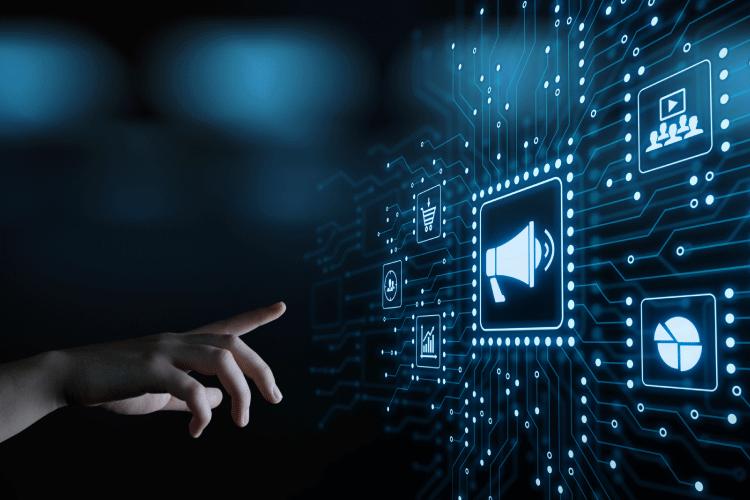 Pot do uspeha je premišljen pristop k oglaševanju - iPROM - Mnenja strokovnjakov - Andrej Ivanec