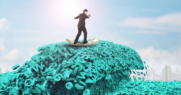 Razvoj strategije upravljanja s podatki: Kaj o vaših potrošnikih vedo v drugih oddelkih podjetja? - iPROM - Mnenja strokovnjakov - Igor Mali