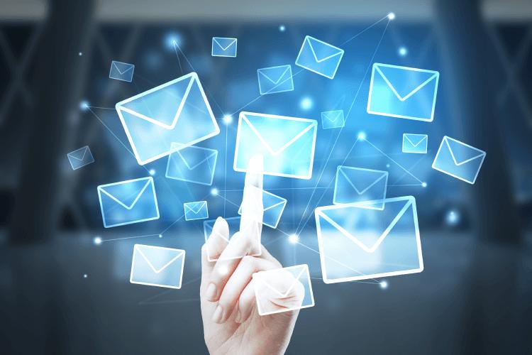 Uporabite e-poštni marketing - iPROM - Mnenja strokovnjakov - Mateja Zupan