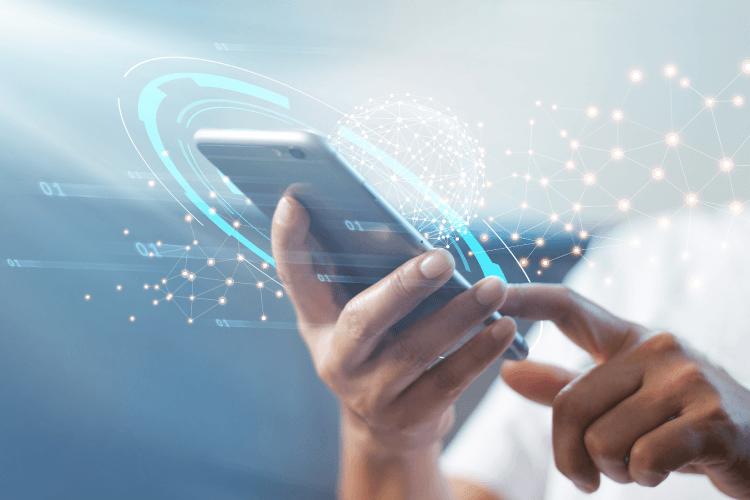 Pomembnost mobilnih naprav narašča, v trendu je tudi neposredno povezovanje s potrošniki - iPROM - Mnenja strokovnjakov - Slaven Petrovič