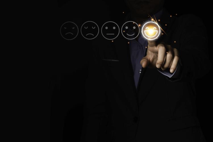 Ustvarjanje boljše uporabniške izkušnje - iPROM - Mnenja strokovnjakov - Andrej Ivanec
