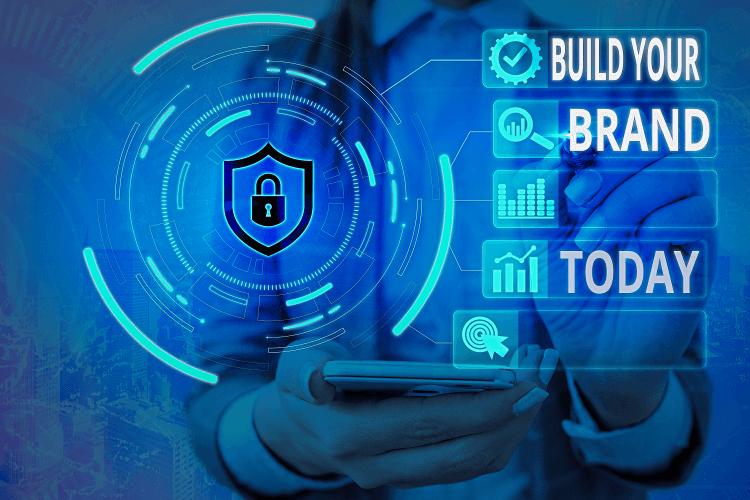 Pametno umeščanje oglasne vsebine zagotavlja varnost blagovne znamke - iPROM - Mnenja strokovnjakov - Andrej Cetin