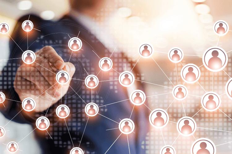 Stremite k enotnemu viru podatkov o strankah - iPROM - Mnenja strokovnjakov - Igor Mali